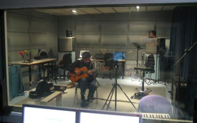Cian Setian<br>{ Music production }